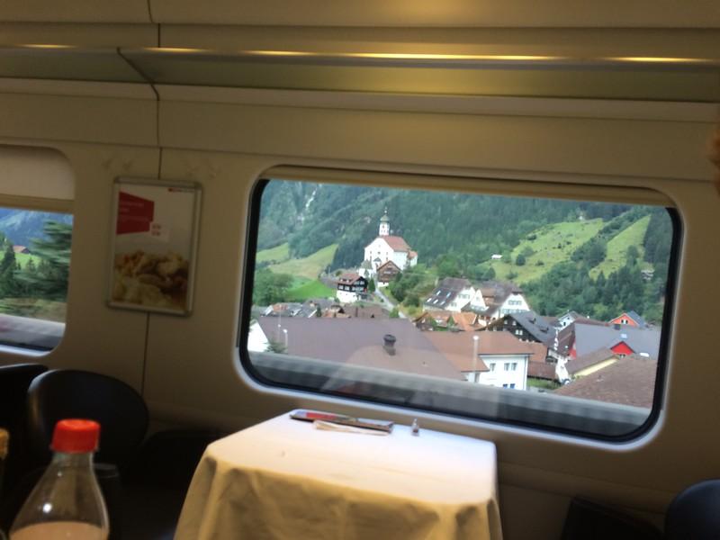 339_iPhone_Switzerland.JPG