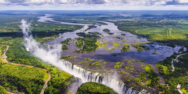 Victoria-Falls-international-arrivals-continue-to-soar-800x400.jpeg