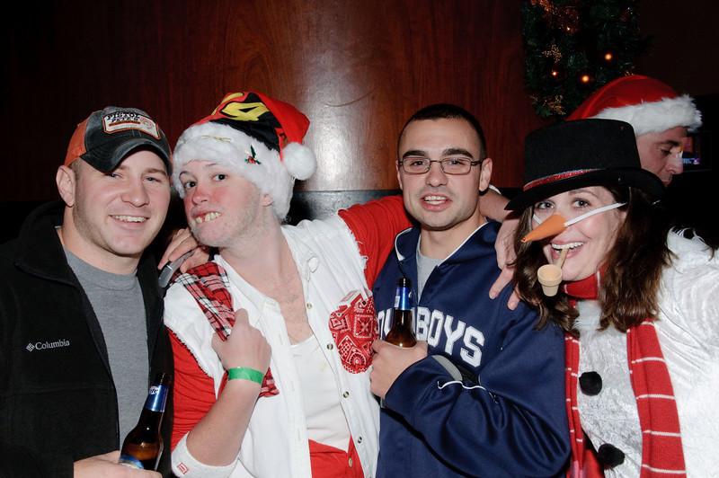 2009 ALS Santa Crawl-104.jpg