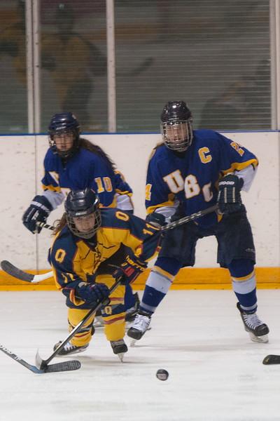 20130310 QWHockeyvsUBC 173.jpg