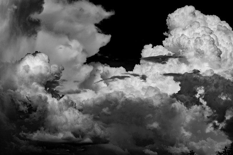 Cloud BW-1.jpg