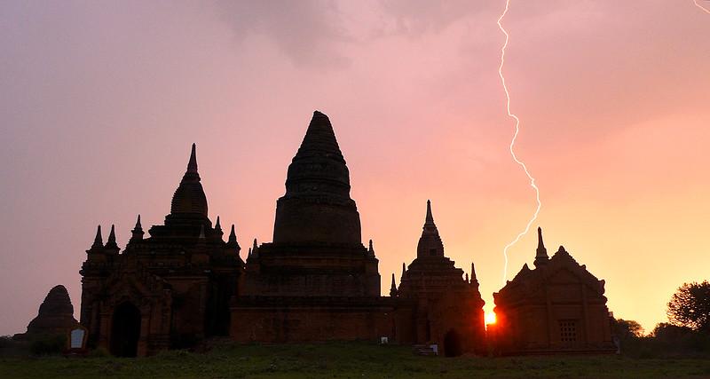 Myanmar Lightning2 copy.jpg