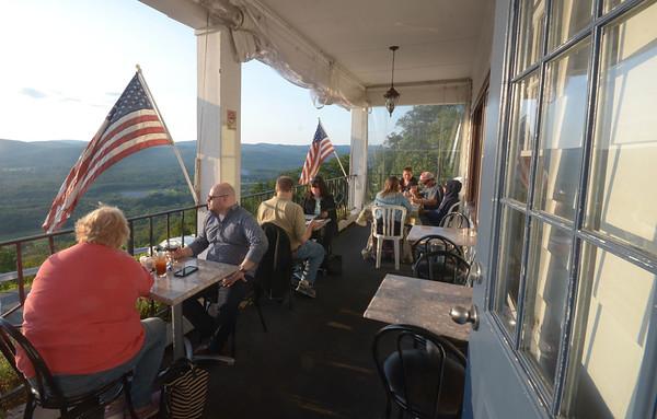 Golden Eagle Restaurant - 082317