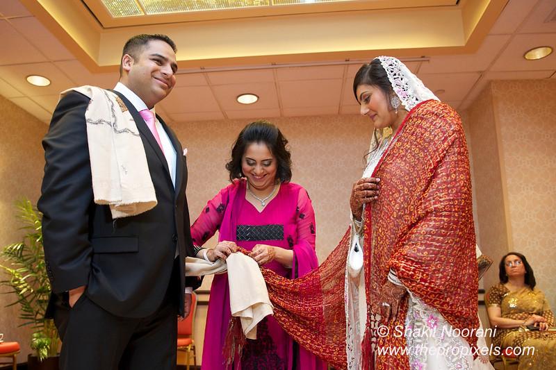 Naziya-Wedding-2013-06-08-01876.JPG