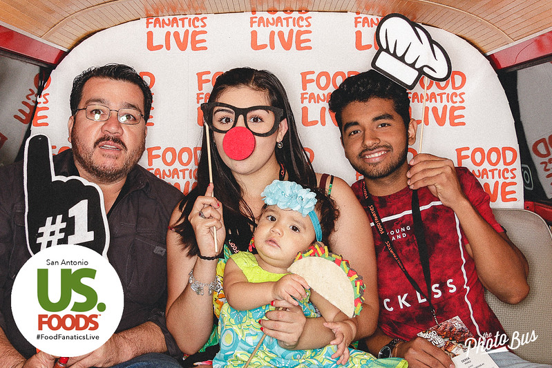 us-foods-photo-booth-227.jpg