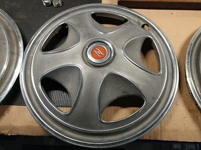 240Z hubcaps