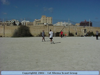 2001-02-03 Crew vs Unit Football Match