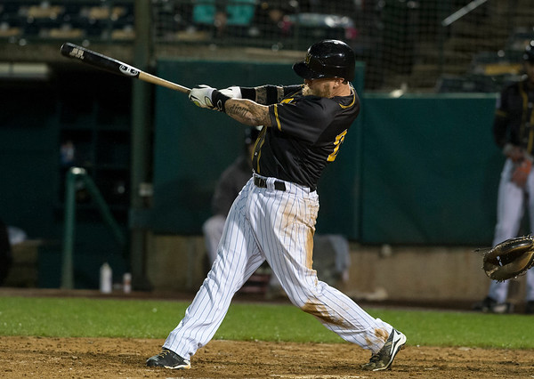 09/06/19 Wesley Bunnell | StaffrrThe New Britain Bees vs the Lancaster Barnstormers on Friday night at New Britain Stadium. Mike Carp (24).
