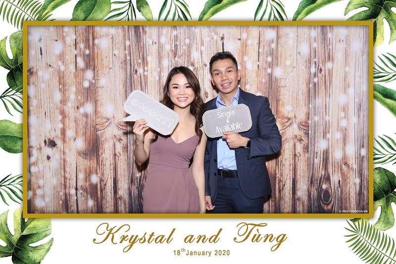 Krystal-Tung-wedding-instant-print-photo-booth-in-Ho-Chi-Minh-City-Chup-hinh-lay-lien-Tiec-cuoi-WefieBox-Photobooth-Vietnam-040.jpg