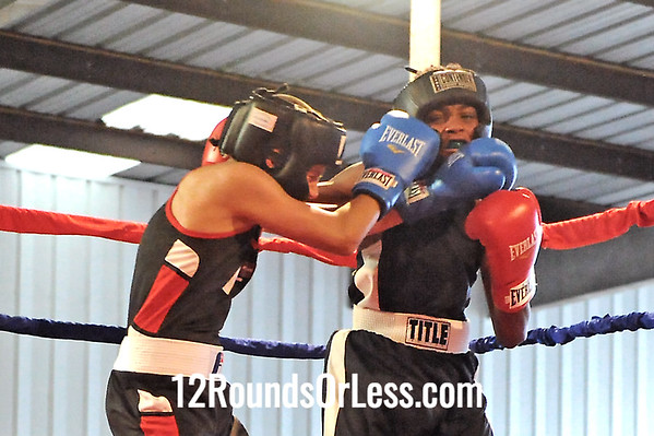 Bout 4 Richie Confer, Evolve MMA -vs- Rasheen Ali, Zelma George/Empire Boxing 106 lb Junior