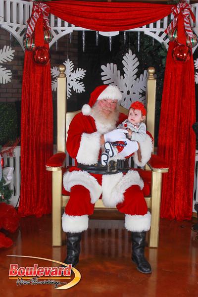 Santa 12-10-16-339.jpg