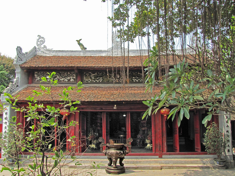 88-Ngoc Son Temple