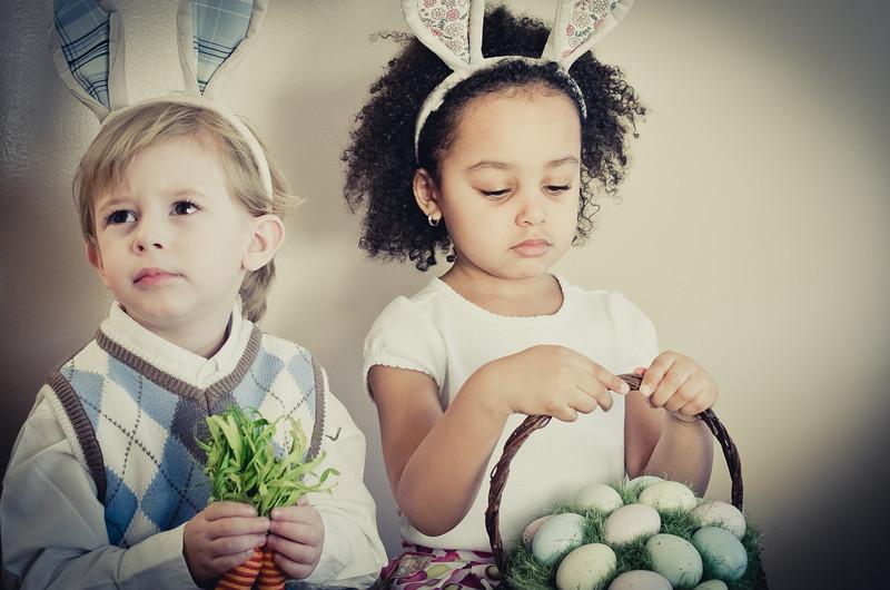 Easter_Elliott and Nevaeh -8850.jpg