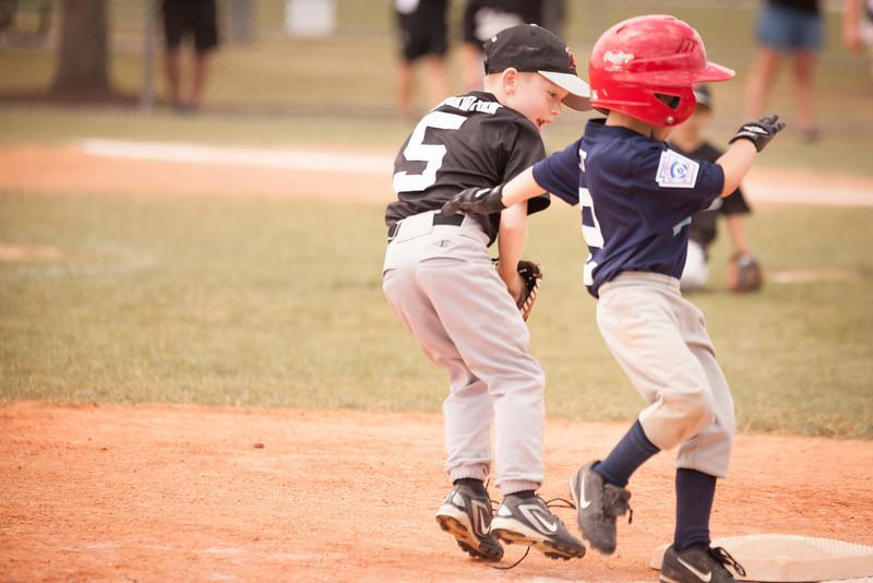 Younger Baseball-161.jpg