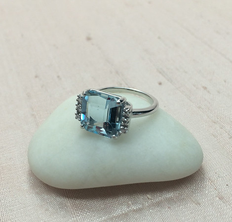 Vintage Aquamarine Ring