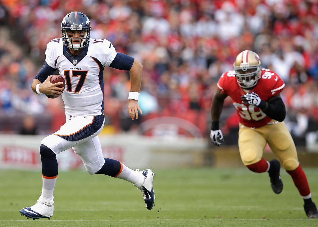 . SAN FRANCISCO, CA - AUGUST 08:  Brock Osweiler #17 of the Denver Broncos in action during their preseason NFL game against the San Francisco 49ers at Candlestick Park on August 8, 2013 in San Francisco, California.  (Photo by Ezra Shaw/Getty Images)