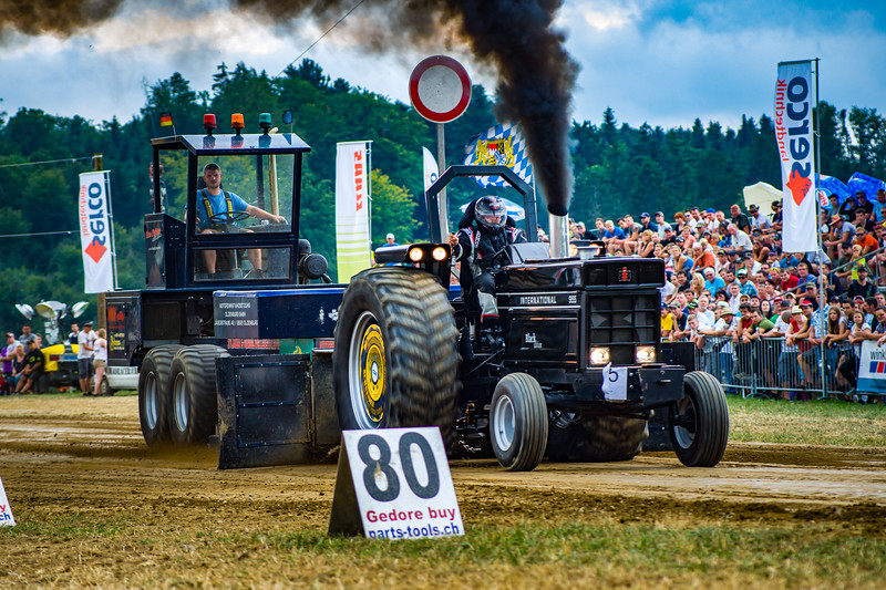 Tractor Pulling 2015-02496.jpg