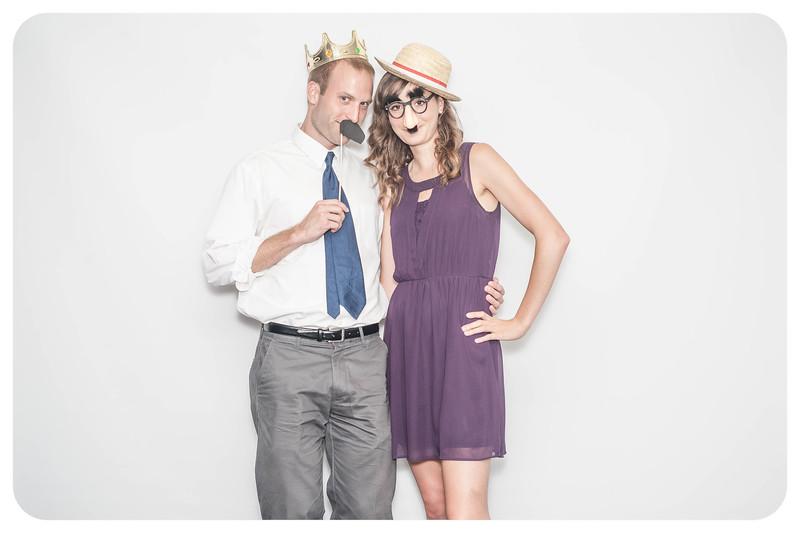 Laura+Ross-Wedding-Photobooth-032.jpg