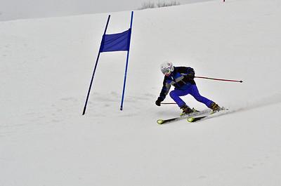 Dec 30-31 Mt Ripley J456 (W) GS 1st race 1st run