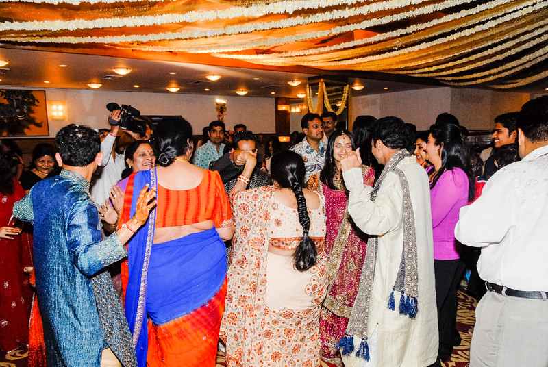 Wedding_Bombay_1206_363-2.jpg