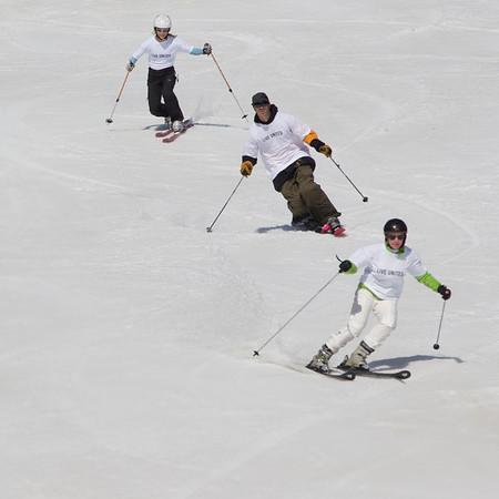 skiing at schuss