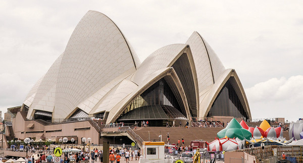 Another Day of Touring in Sydney  (January 2014)