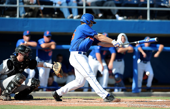 Photo Gallery: Baseball vs South Carolina, 4/25/09