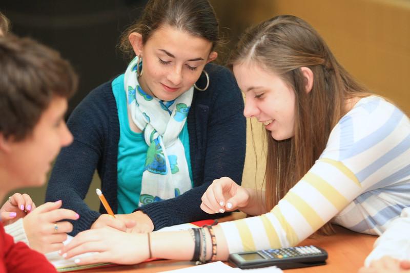 Fall-2014-Student-Faculty-Classroom-Candids--c155485-085.jpg