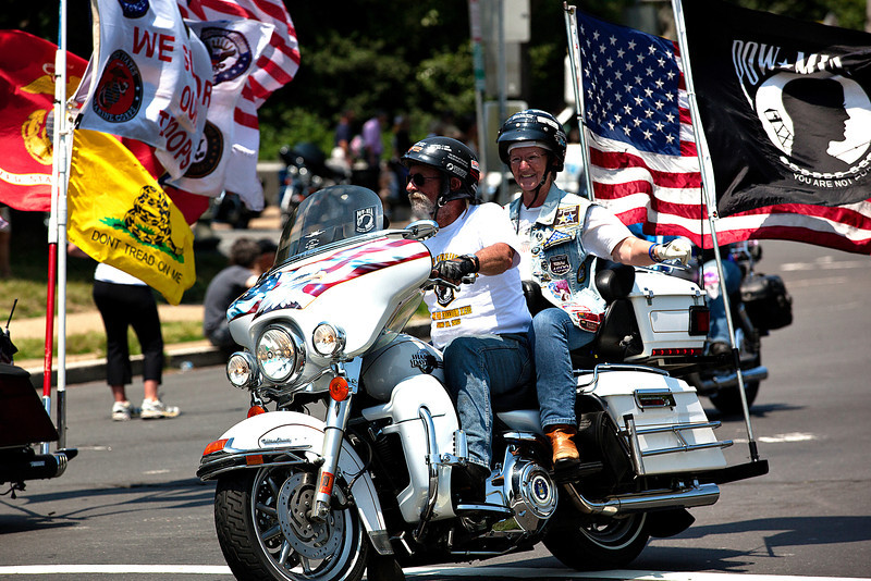 Harley Memorial Day Parade 2.jpg