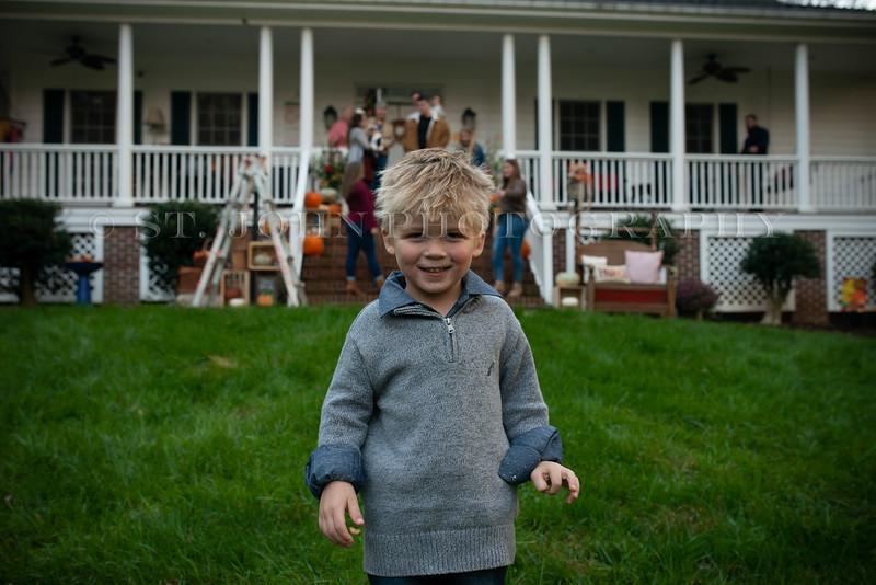 2019 November Ellis Family-10-277.jpg