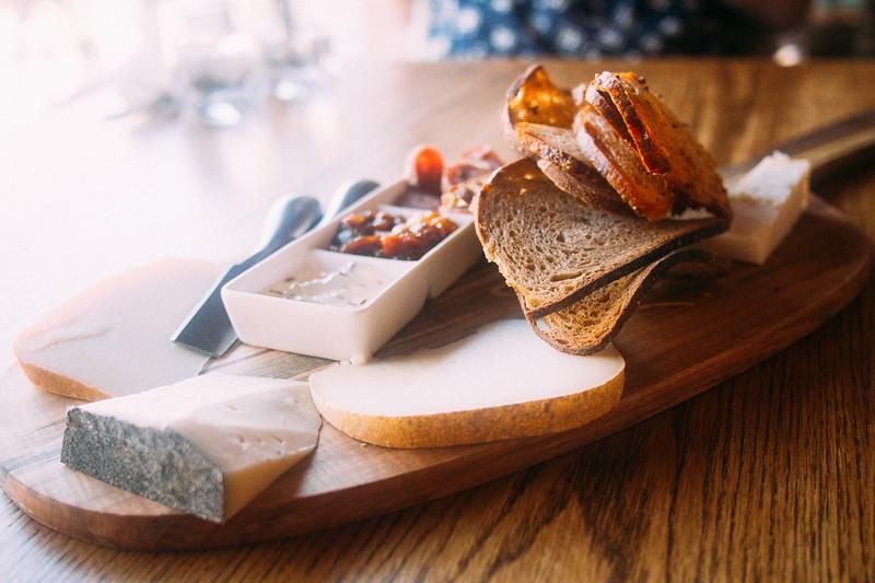 milk maid owen sound cheese plate 2.jpg