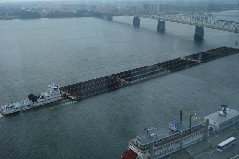 Pushing Barges on the Ohio 2.jpg