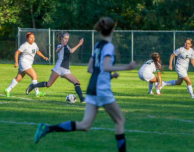 Set one: Girls Varsity Soccer v Evergreen 09/04/2018
