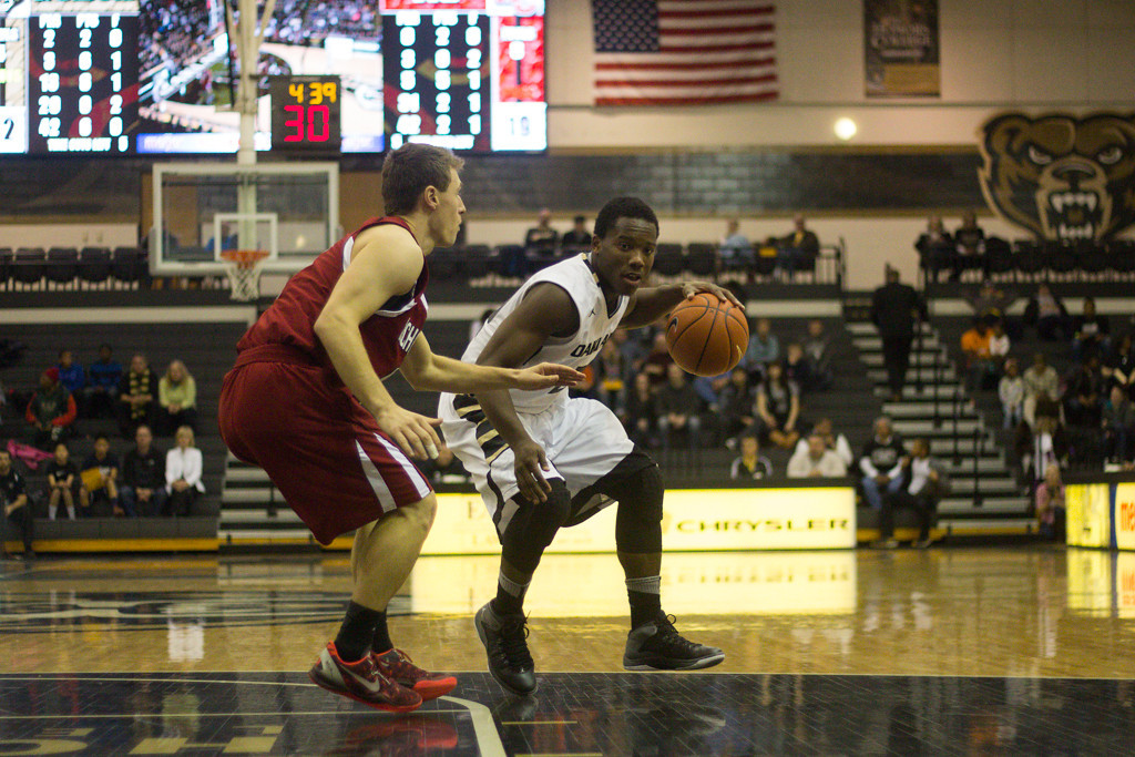 . Felder keeps the ball from his defender. Photo by Dylan Dulberg