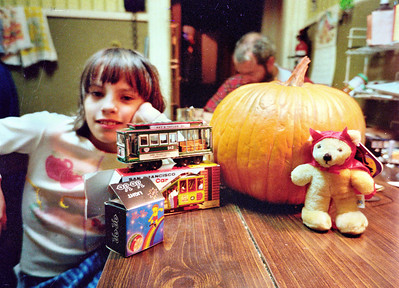 Esperanza and Pumpkin, Nov. 1986