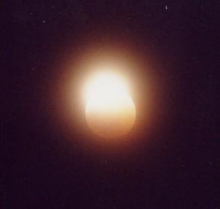 Lunar eclipse, 1999