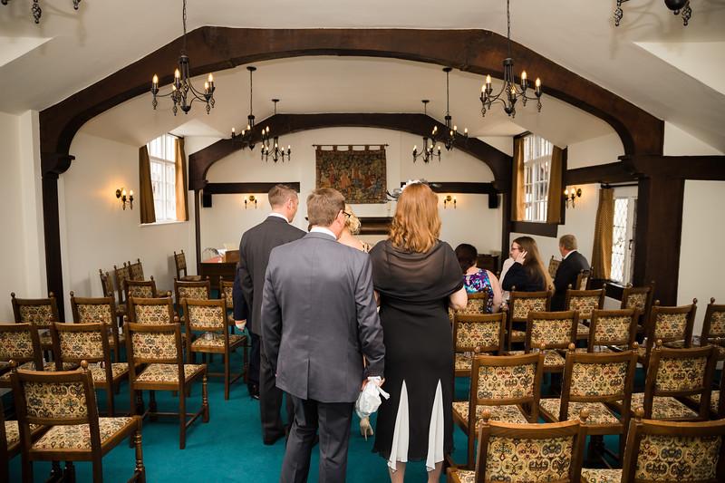Mayor_wedding_ben_savell_photography_bishops_stortford_registry_office-0006.jpg