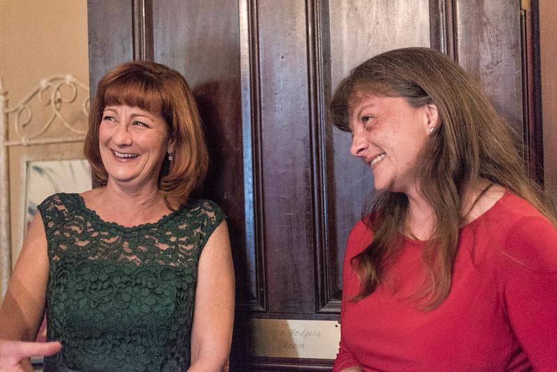 Jill&Carrie-39.jpg