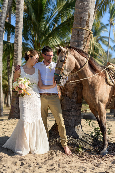 Zoe-Jim-3-Newlyweds-39.jpg