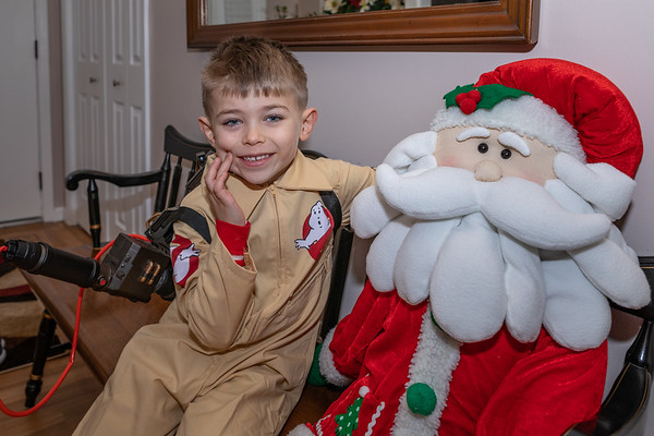Sawyer'sGhostbusterOutfit12-24-18