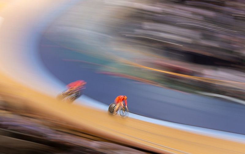 Junhong Lin and Tiansh Zhong of China during the  Women's team sprint
