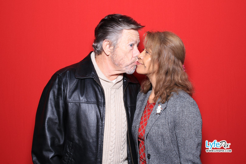 eastern-2018-holiday-party-sterling-virginia-photo-booth-0083.jpg