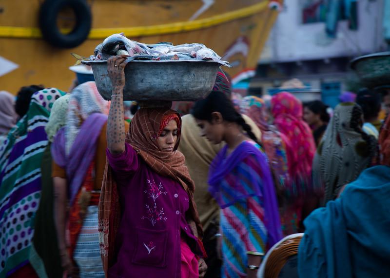 Women fish market Diu.jpg