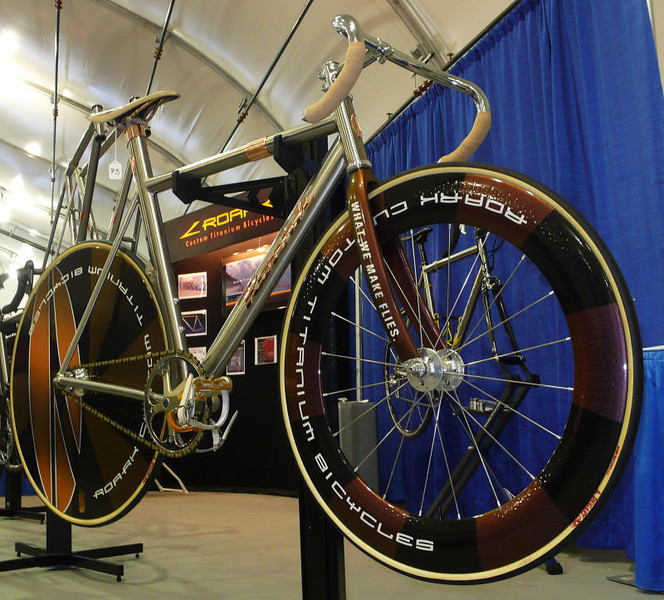 Roark Track Racer - This Roark track bike had copper accents and a great paint job on the custom wheels.