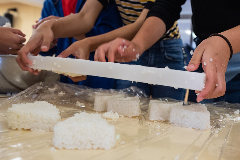 Middle School-Onigiri for the Chiku Center-ELP_4221-2018-19.jpg