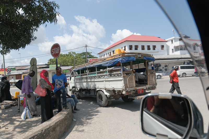 Die billigste Art des Transports auf Sansibar: Dala Dala.