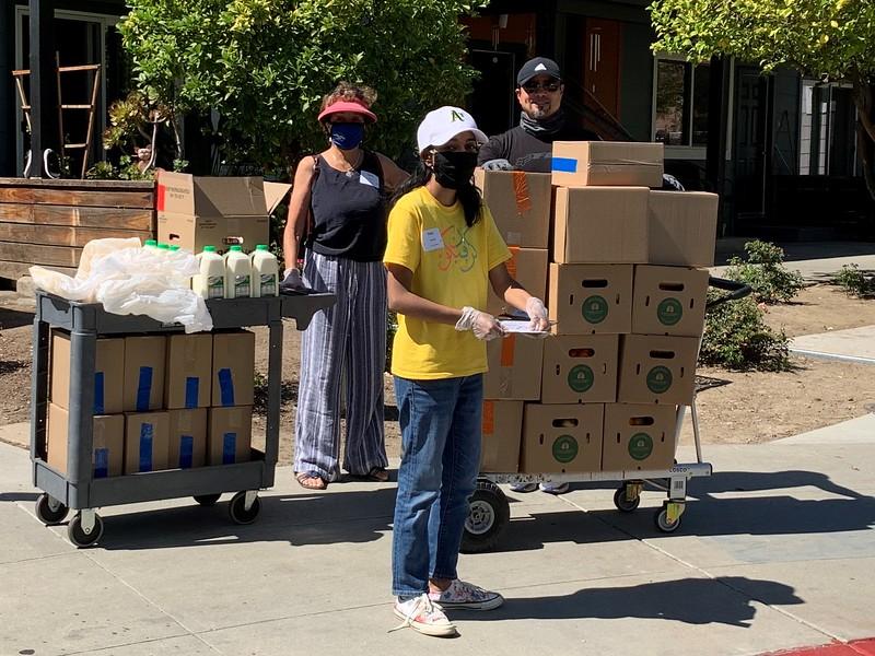 abrahamic-alliance-international-abrahamic-reunion-compassion-food-distribution-san-jose-2021-05-27-IMG_9078-aai.jpg