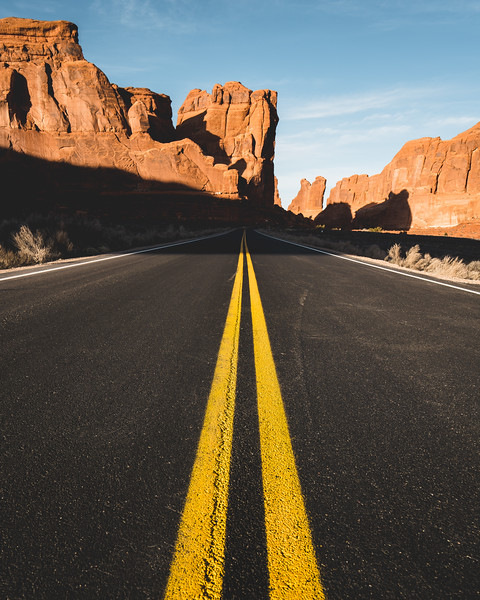 Road Shot Uno Arches NP-1.jpg
