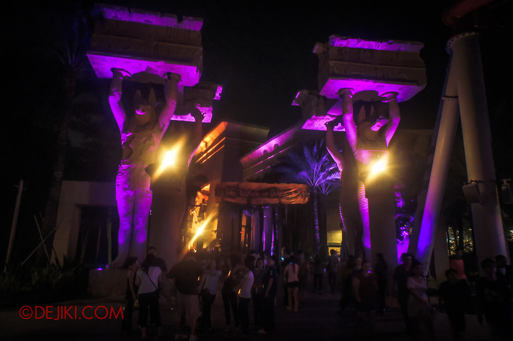 Halloween Horror Nights 2011 Singapore THE EDGE OF DARKNESS scare zone