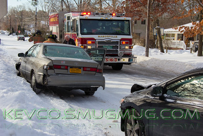 2/3/15 Abbott Ave and Alden St, Snowy Heavy Rescue